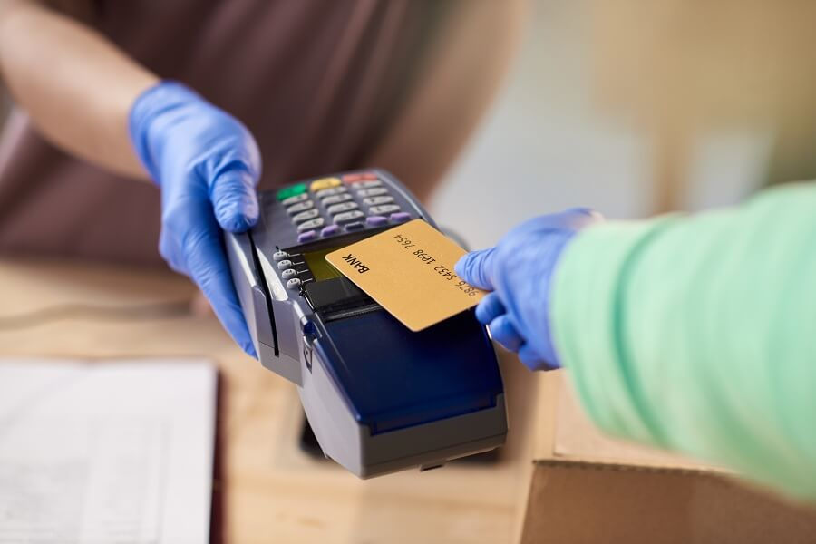 Buying goods using credit cards